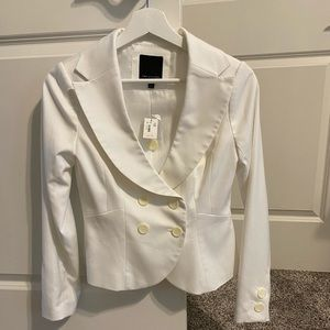The Limited  brand NWT white blazer cropped